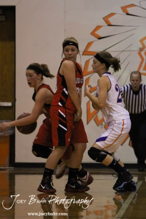 Otis-Bison_Girls_vs_Hoisington_12-9-11_0112
